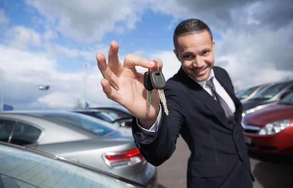 обманывают автосалонов клиентов сотрудники знакомые как